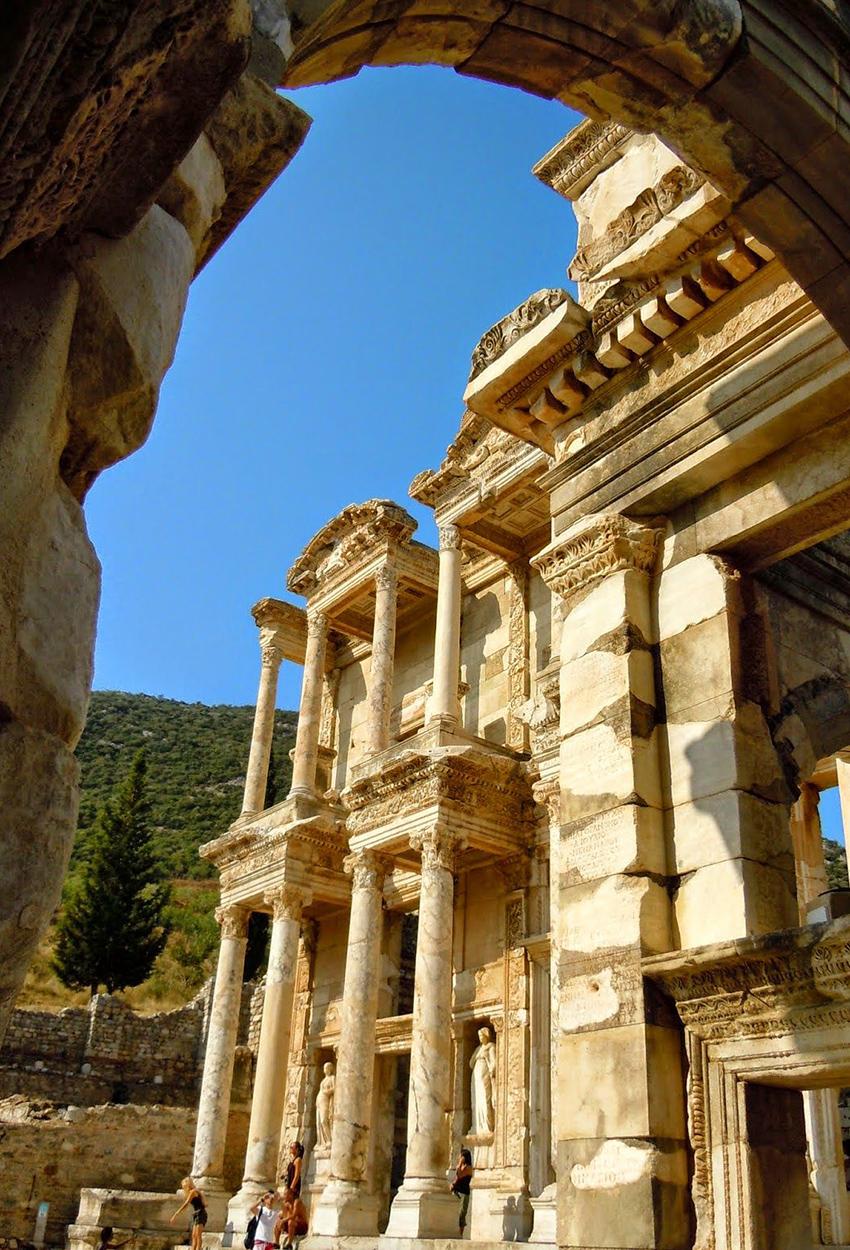 Vista lateral del Efeso Turquia