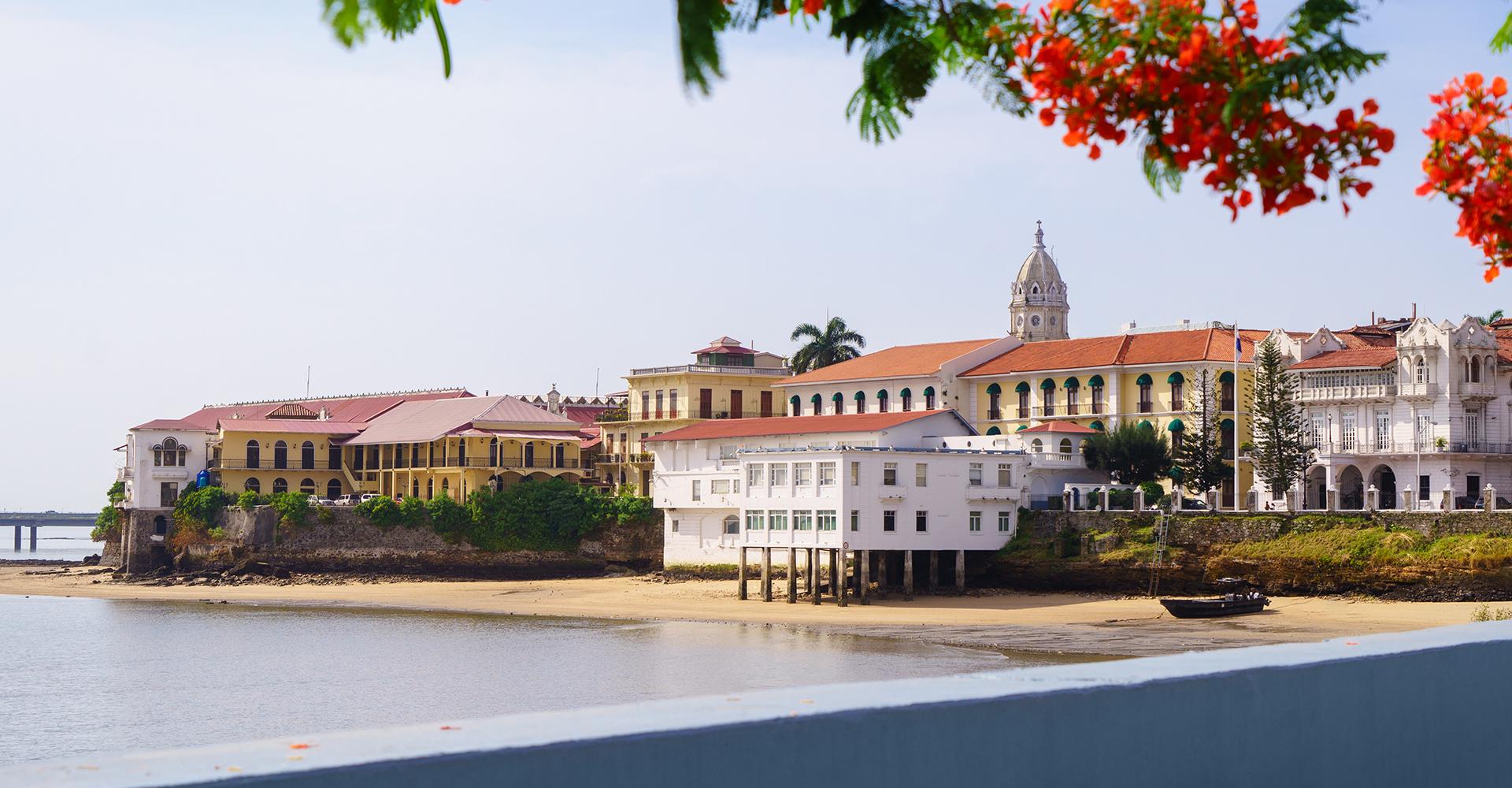 Vista de la Ciudad de Panamá casco viejo antiguo