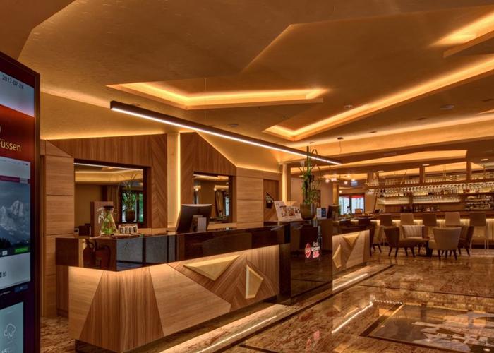 Best Western Plus Hotel Füssen Alemania Lobby