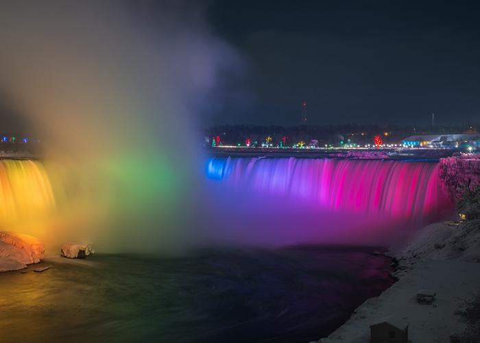 Cataratas del Niagara de noche Canada