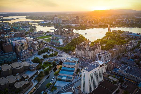 Downtown Ottawa Canada ASIVIAJO