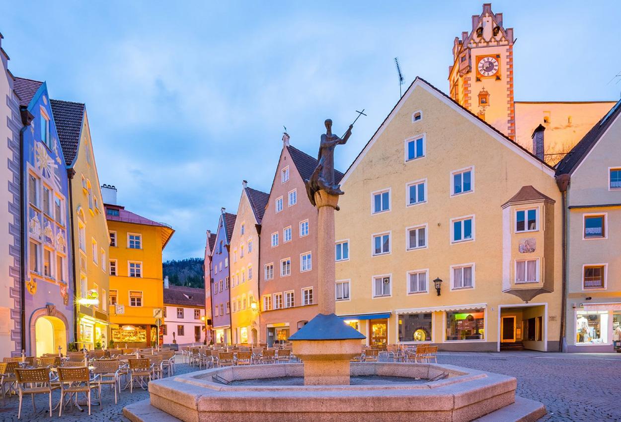 El centro de la ciudad de Füssen Alemania