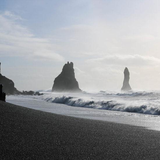 Reynisdrangar Playa Negra Islandia
