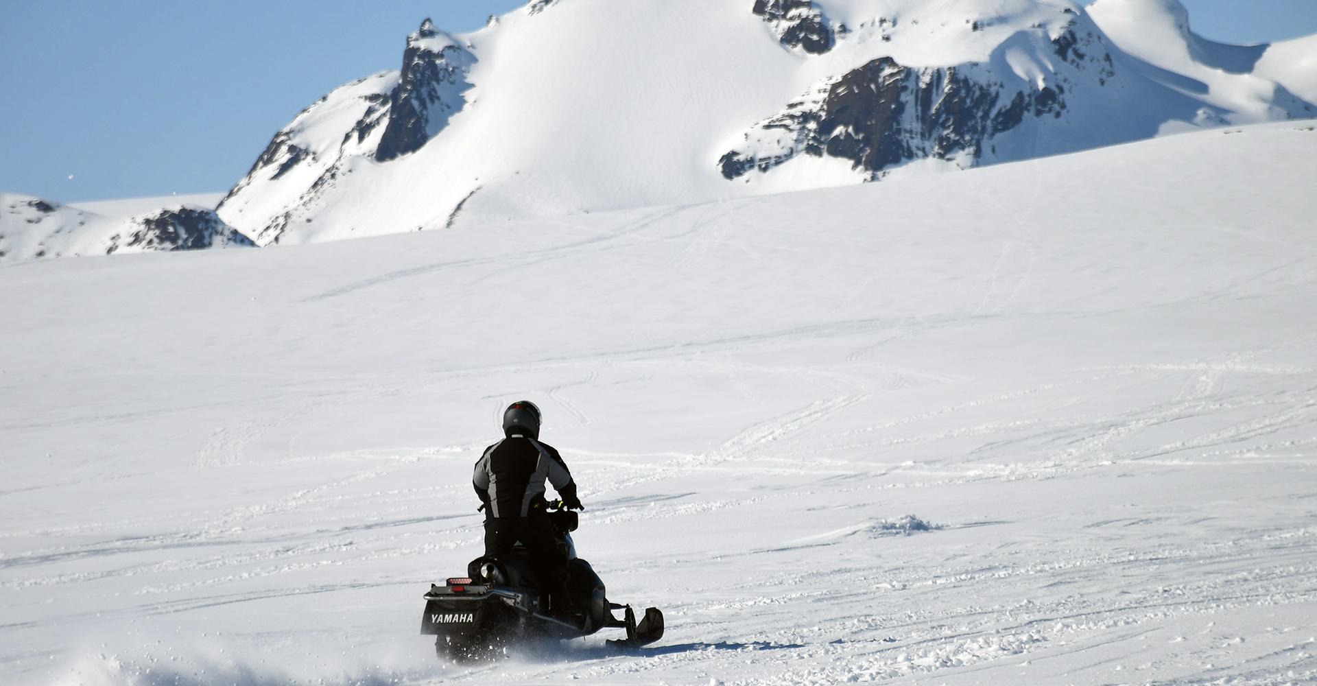 moto de nieve reykjavik Islandia