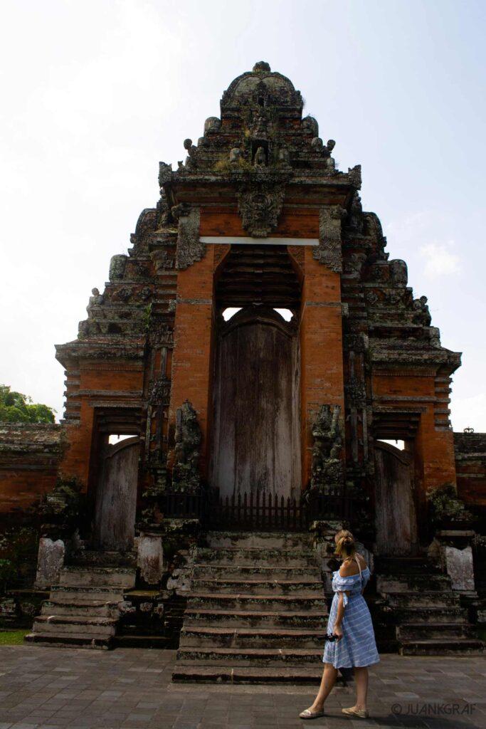 Entrada a Mandala Taman Ayun