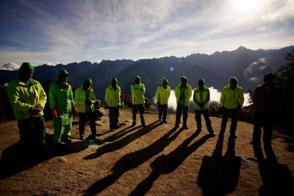 Equipo de Guias y porteadores de alpaca expeditions.