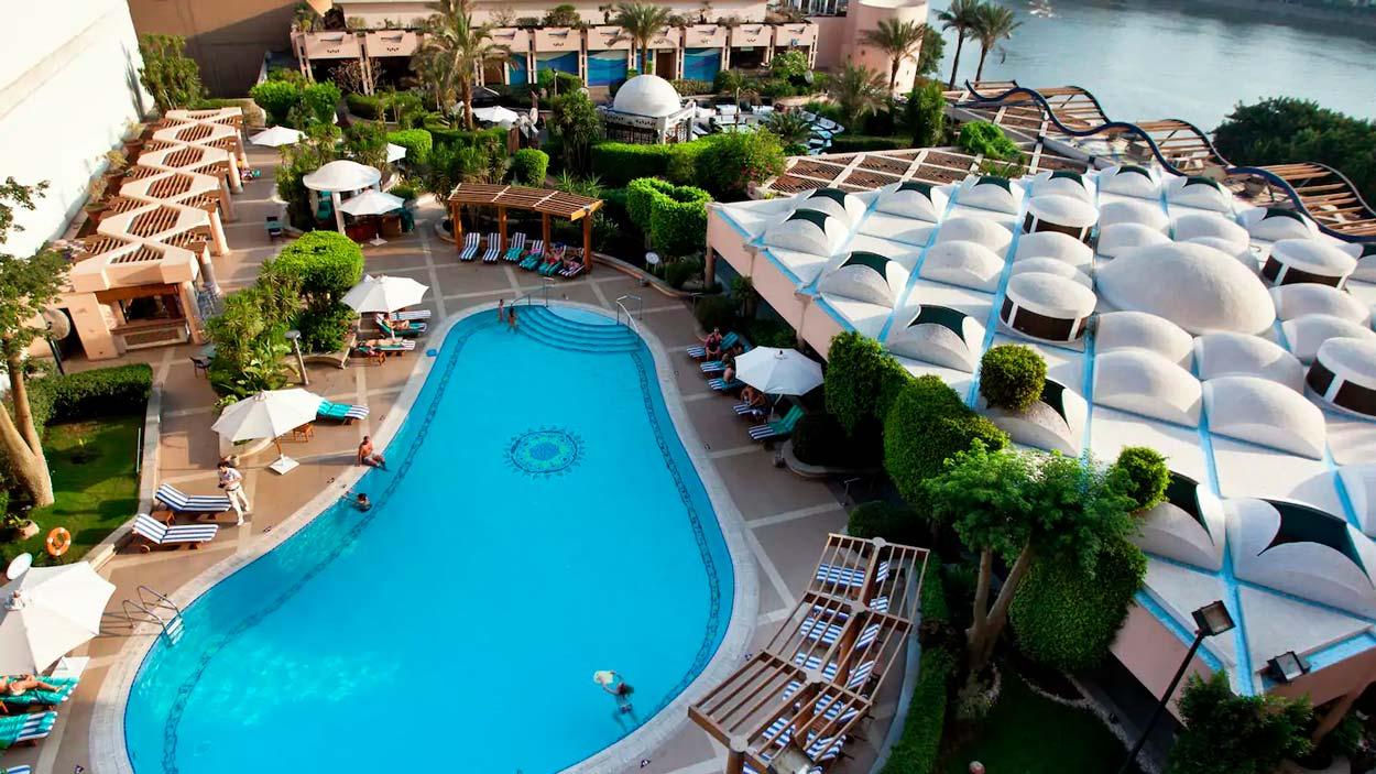 Hotel Conrad Piscina el Cairo Egipto