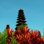 Pagodas de Pura Taman Ayun sobre vegetacion