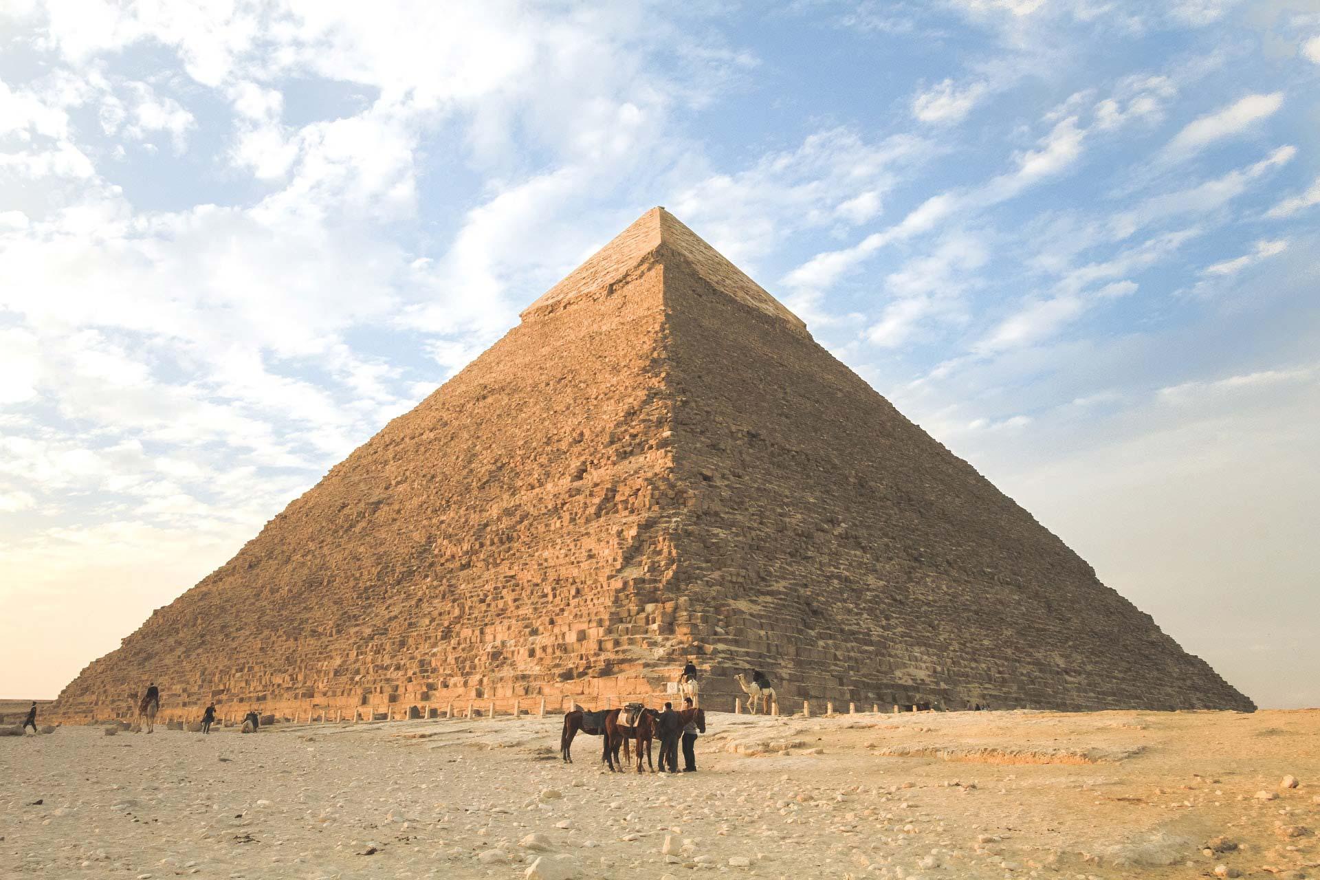 Piramides de Giza en el cairo Egipto