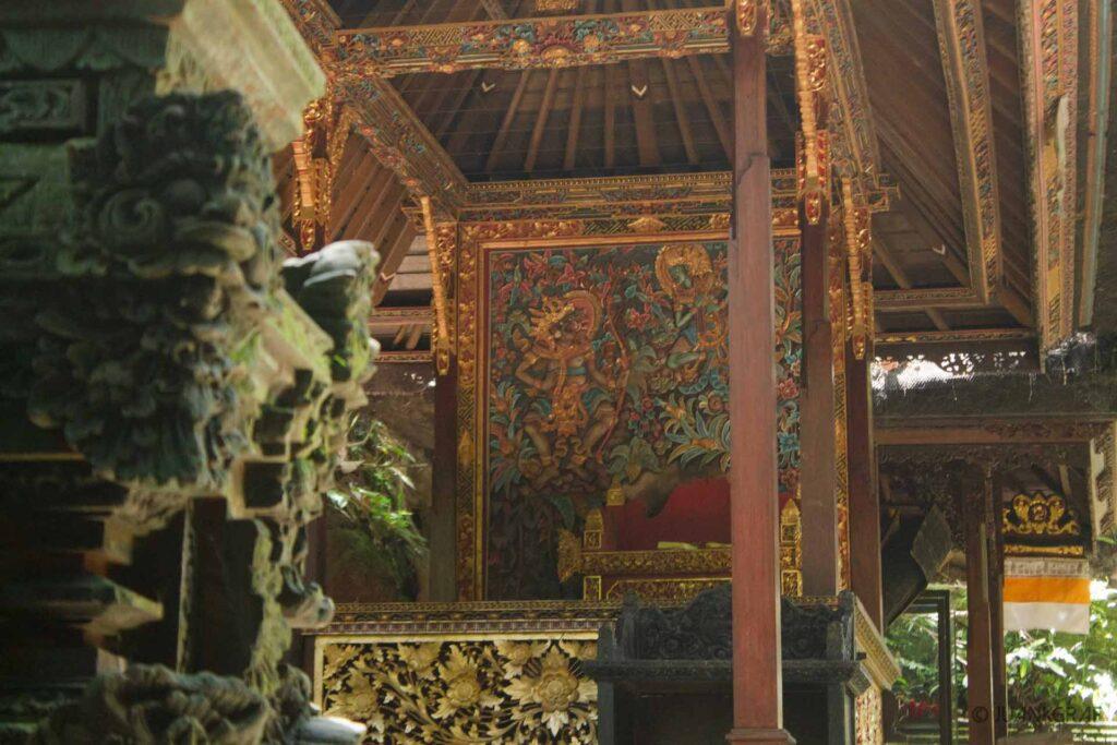 templo en monkey forest