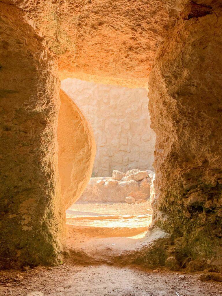 tumba en Israel