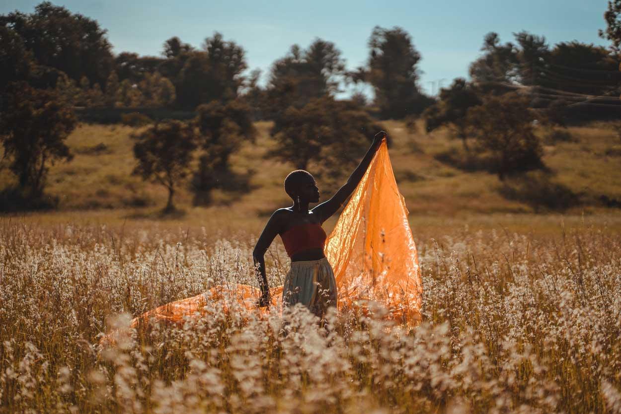 Mujer Africana posando en Kenia